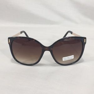 NWT Tommy Hilfiger Tortoise Shell &Gold Sunglasses
